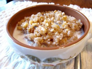 maple-walnut-hot-cereal-with-quinoa-01